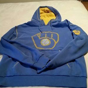 Men's Milwaukee Brewers sweatshirt